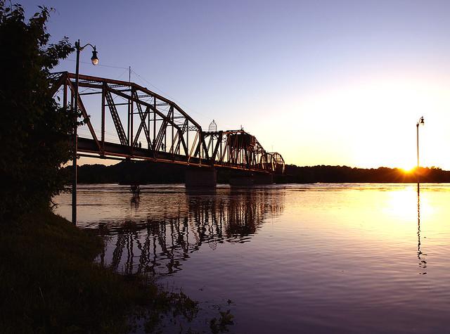rj corman l amp n railroad bridge clarksville