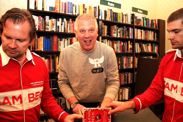 Glenn Beck The Christmas Sweater Photos photography photographer Book Signing Albany NY Barnes and Noble www.photosfromonhigh.com Team Beck Chris Milian Photographer Glenn Beck www.photosfromonhigh.com 9AM to Noon 810 WGY Albany Schenectady Troy NY 50,000