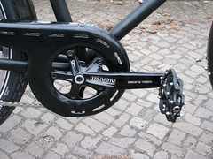 tire, road bicycle, wheel, vehicle, rim, cycle sport, groupset, bicycle frame, bicycle,