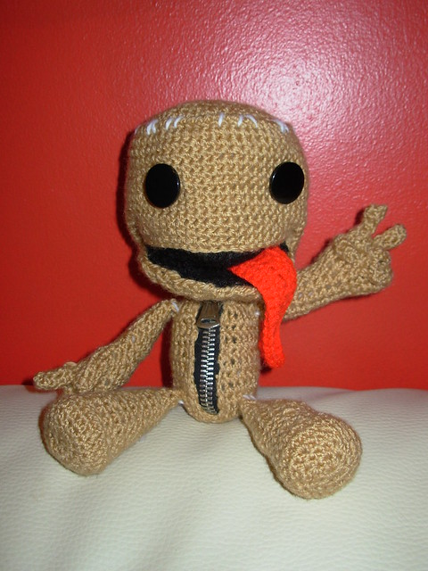 Crochet Ezio Sackboy Tutorial! [Part I] - YouTube