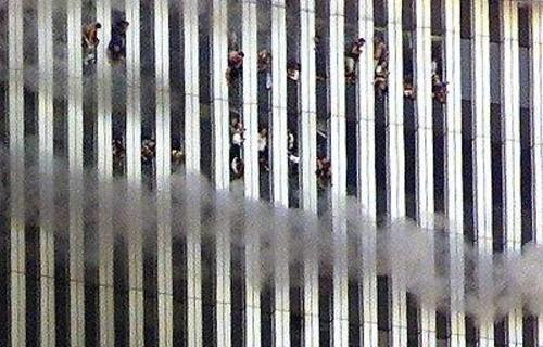 people_jumping_out_of_wtc_2