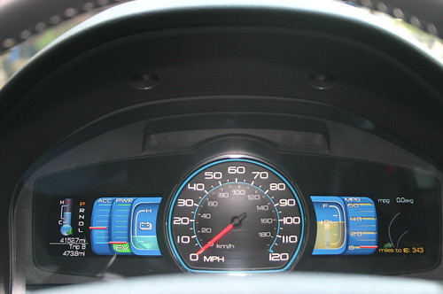 Very cool Smart Gauge dashboard on all 2010 Ford Fusion Hybrids