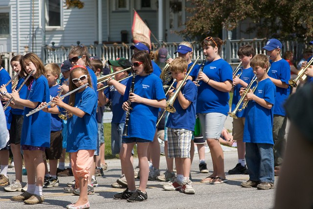 IMG_7626   Elementary school band! They played at least 4 ...