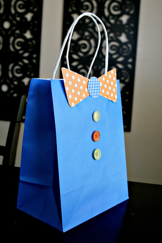 Diy tutorial father s day bow tie gift bag see vanessa