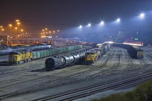 california canon socal canondslr railroads canon70200f4l railyards alltrains intothedarkness sbcusa