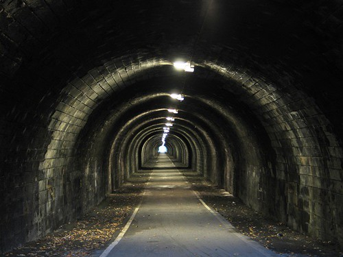edinburgh - innocent railway tunnel