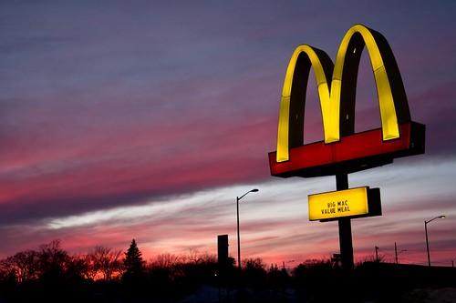 sunset color beauty silhouette evening dusk mcdonalds doublearches restarant
