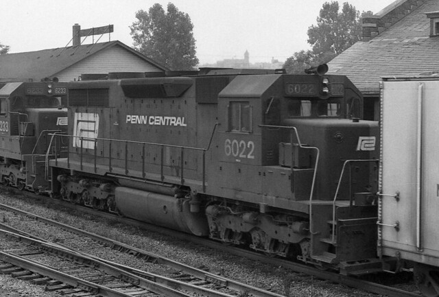 Penn  Central EMD SD-35 6022