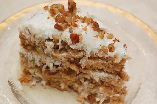 Things That Make You Go Mmmm Hummingbird Cake With