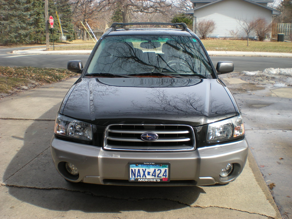 2004 Subaru Forester. Sharp Java Black Exterior With Roof Rack