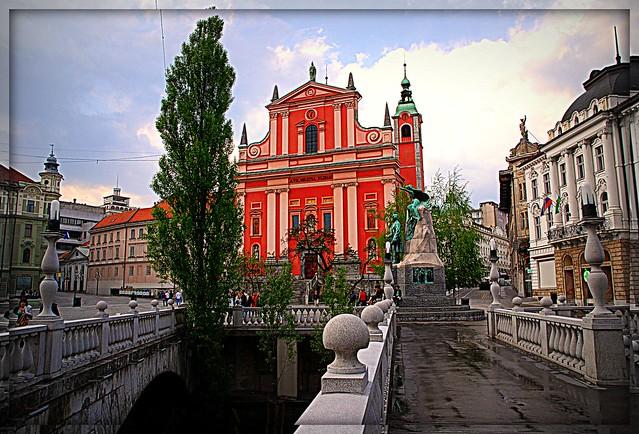 (528)  Presernov trg, Ljubljana