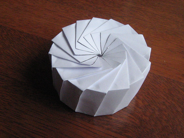16 sided kunio ekiguchi type petal box flickr photo