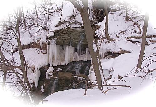 snow ice waterfall urbanwaterfall rochesterny onewarmday nortonsfalls