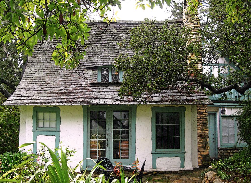 Comment72157622925503070 on English Tudor Cottage House Plans