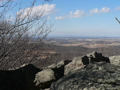 bear's den scenic rock overlook