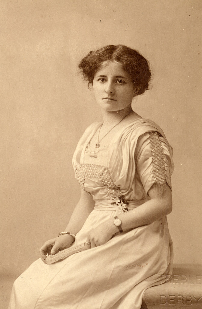 Portrait of an Edwardian girl