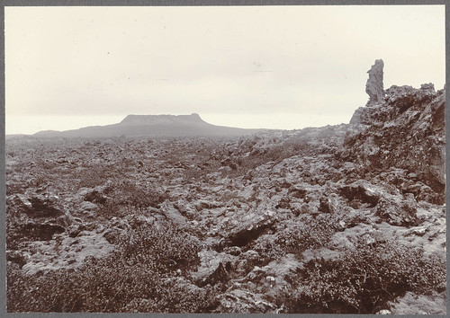 Eldborg and the lava from the North.