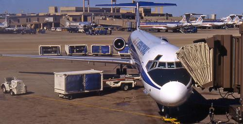 Sun Jet MD-81 (N818SJ)