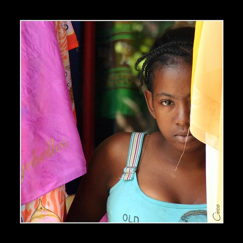 "eye girl one cisco seychelles ritratti mahe photographia colorphotoaward ""photographia"""