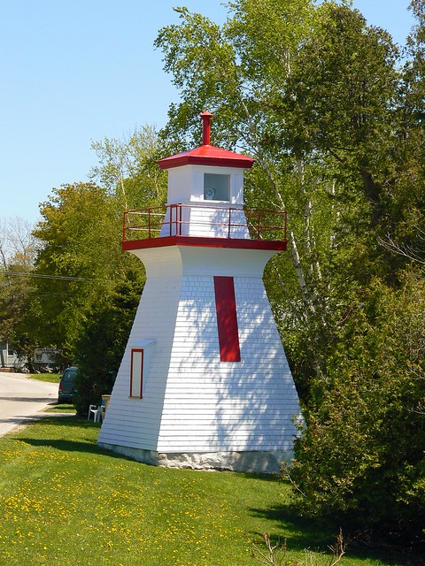 Saugeen River Range (rear) Lighthouse, ON