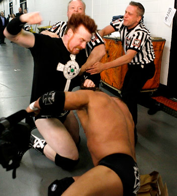 Extreme Rules 2010 Triple H Vs Sheamus