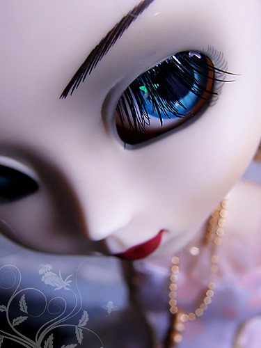 Candy's new star lashes