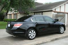 automobile(1.0), automotive exterior(1.0), executive car(1.0), wheel(1.0), vehicle(1.0), mid-size car(1.0), honda(1.0), compact car(1.0), sedan(1.0), land vehicle(1.0), luxury vehicle(1.0), honda accord(1.0), acura(1.0),
