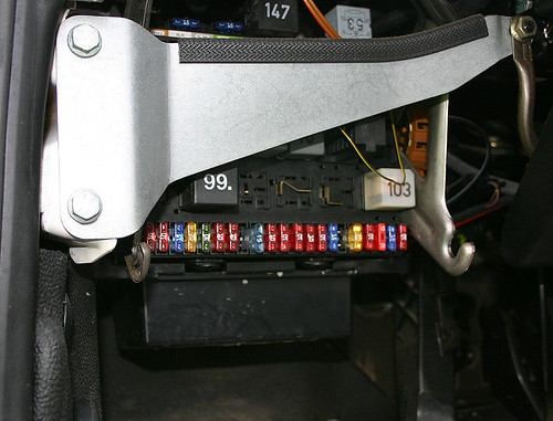 Fuse Panel Vw Transporter : Vw thing fuse box diagram get free image about wiring