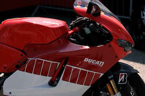 4636202576 cf3d56b75d Moto GP 02