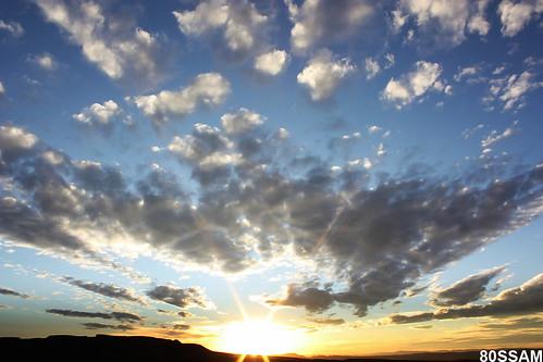 sunset sky sun sol canon landscape geotagged mexico atardecer rebel cloudy hills cielo zacatecas cerros ocaso soe nube xsi blueribbonwinner nuboso 450d overtheexcellence theperfectphotographer