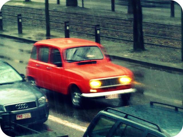 Renault rojo