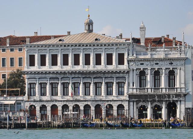 Hotel De Roma