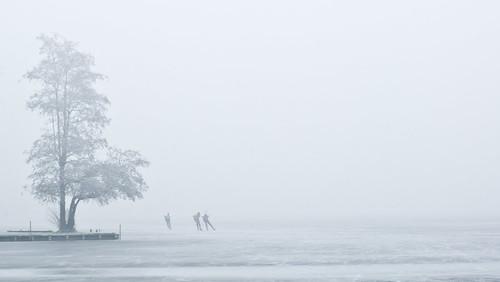 reeuwijkseplassen schaatsen natuurijs dekaapronden dikkemist beeldmark geo:lat=52038247 geo:lon=473902 geotagged smcpfa50mmf14 nederland netherlands holland winter europa europe pentax k10d