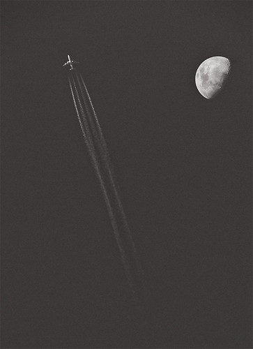 Plane & Moon in the Bahia's skies