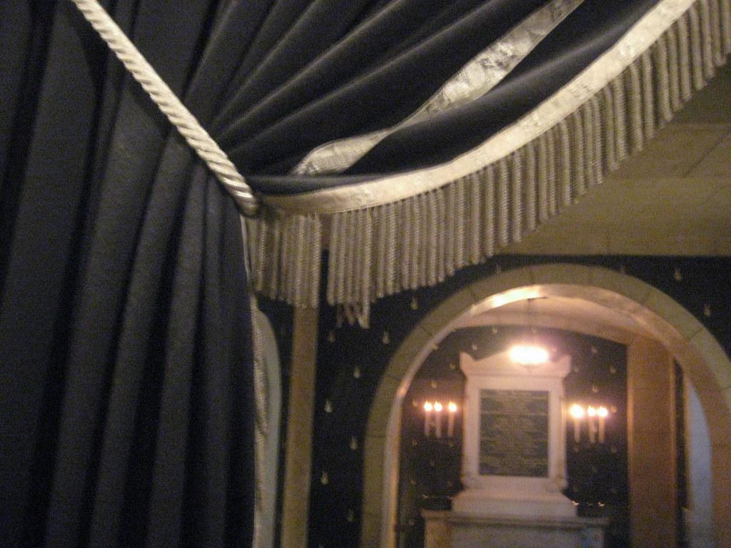 Expiatory Chapel: View Inside