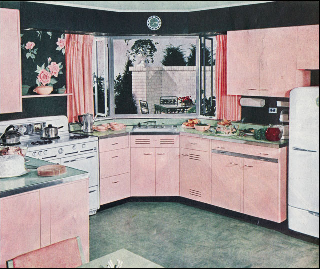 Pink Retro Kitchen: Photo