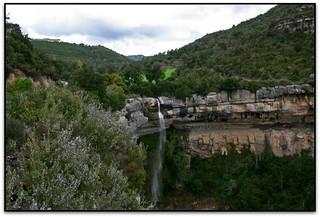 Roca Gironella, prop de St. Miquel del Fai