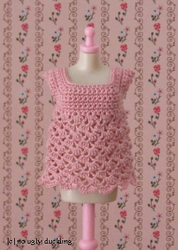 Empire line crocheted top for Blythe girls (in pink)