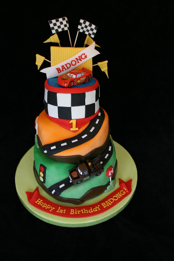 Cars Themed Fondant Cake Mayen Flickr