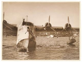 Qantas flying boat 'Coolangatta', Rose Bay, Sydney, 20 June 1936 / Sam Hood