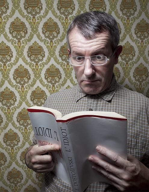 BOOK #2 - L'idiot / The Idiot