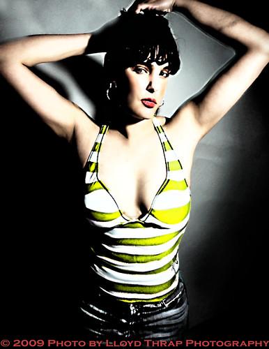 jeni lloydthrap modelshopstudio albuquerque newmexico photoshop gimp model studio singlestrobe time art love u exploreapr192009254 iso200fotografos