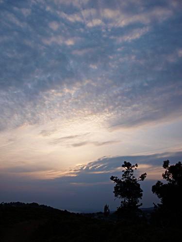 blue sunset sky panorama sun mountain black tree nature silhouette yellow clouds afternoon horizon olympus greece thessaloniki 43 dimitris salonica thessalonika saloniki salonika fourthirds ελλάδα explored θεσσαλονίκη e520 μακεδονία olympuse520 chortiatis gimp26 dranidis dimitrisdranidis