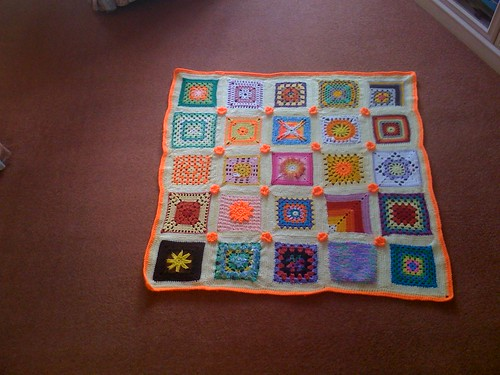 This is my 2nd 'sun' theme Blanket. After this one the 'sun' themed Blankets are going to be 'colour grouped'.  Please 'add note' if you see your Square. 'Dolly Mixtures'.