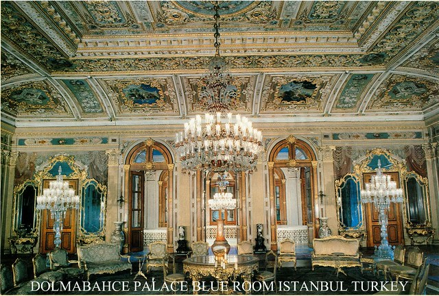DOLMABAHCE PALACE BLUE ROOM ISTANBUL / TURKEY