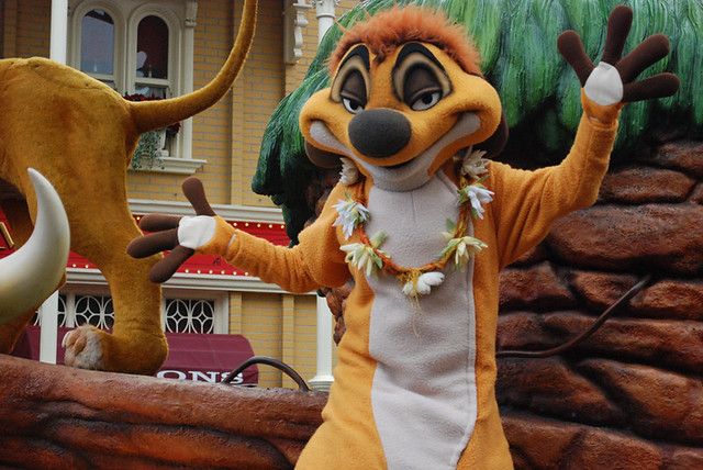 Disneyland Paris Parade - Timon