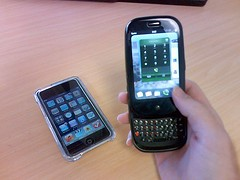 hand, communication device, feature phone, pda, multimedia, mobile phone, gadget, smartphone,