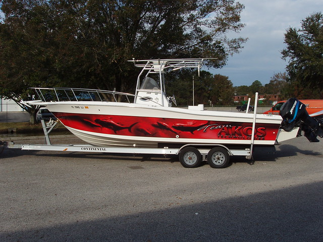 Camo boat wraps autos weblog for Fishing boat wraps