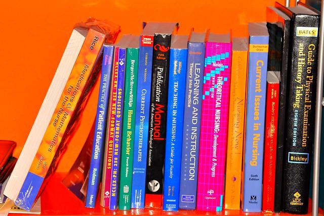 latest nursing review books