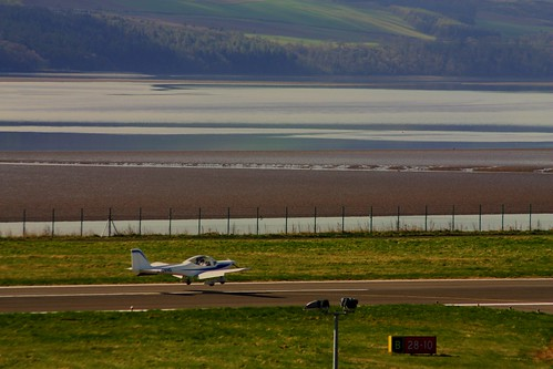 Light Aircraft Landing at Dundee Airport